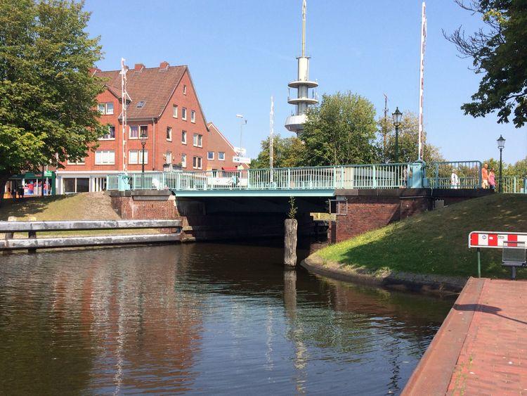 Zu sehen ist die Faldernbrücke in geschlossenem Zustand