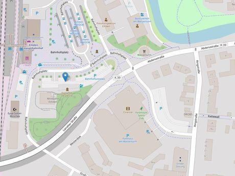 Zu sehen ist ein Kartenausschnitt von Open Streetmap, welcher den Standort des Parkplatzes Bahnhofsplatz anzeigt