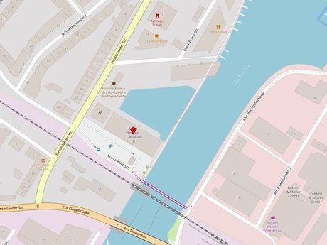 Zu sehen ist ein Kartenausschnitt von Open Streetmap, welcher den Standort des Busparkplatzes in der Maria-Wilts-Straße anzeigt