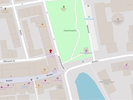 Zu sehen ist ein Kartenausschnitt von Open Streetmap, welcher den Standort des Behindertenparkplatzes in der Straße Am Brauersgraben anzeigt
