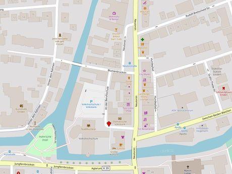 Zu sehen ist ein Kartenausschnitt von Open Streetmap, welcher den Standort des Behindertenparkplatzes in der Straße An der Berufsschule anzeigt